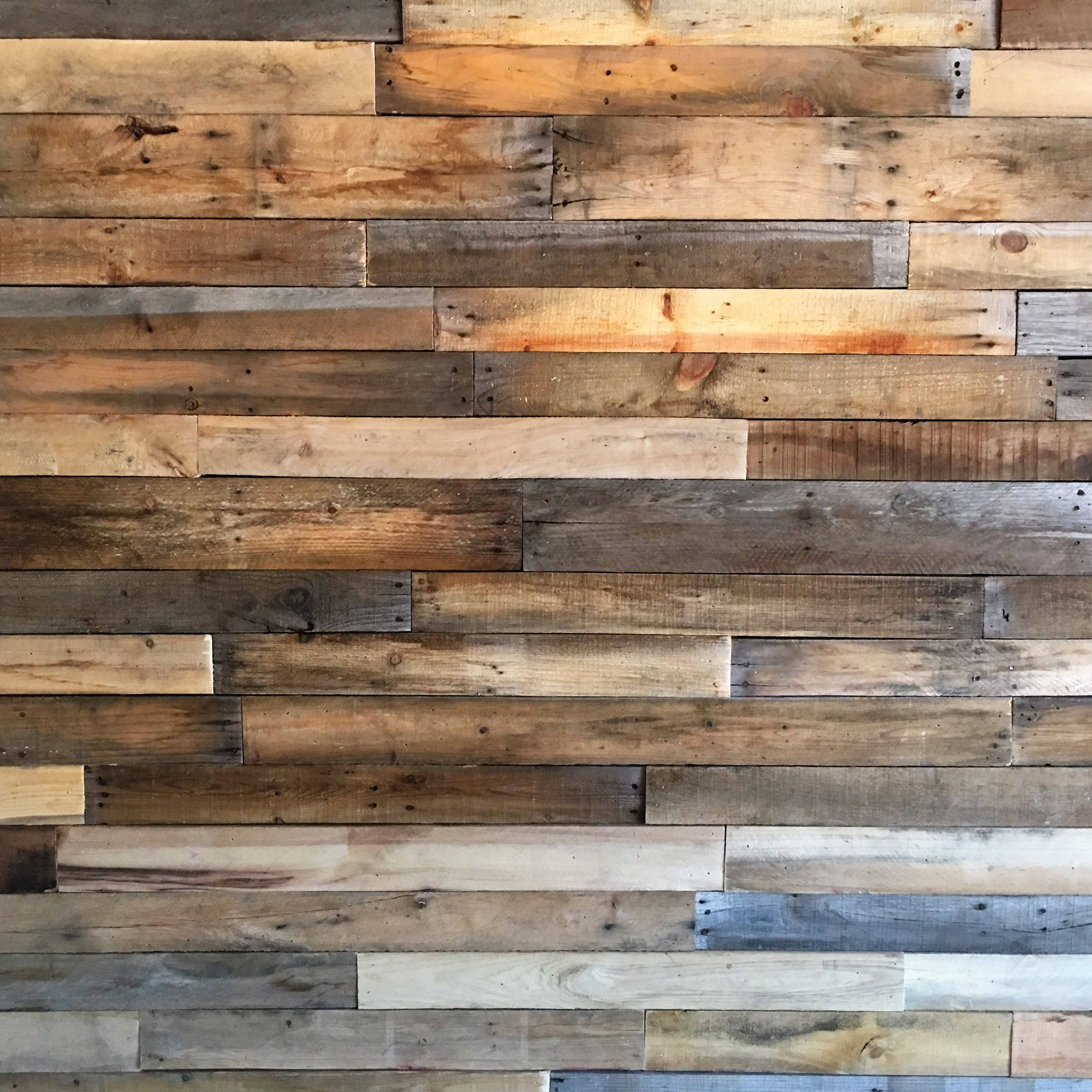 Reclaimed pallet boards 25 sq ft sealed dismantled pallet for Reclaimed pallet wood wall