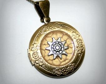 Bronze Locket Necklace with sun  - Wedding Birthday Bridesmaids Gift-Locket Personalized Jewelry Family Locket