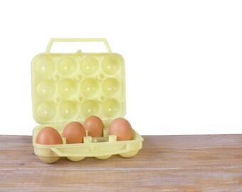 Boîte à oeufs en plastique jaune, Boîte rangement 12 oeufs, boîte panier à oeufs jaune, boîte poulailler poules oeufs, boîte écologique
