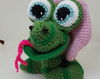 Suzy the Snake, Crochet pattern for sweet Snake toy.  Part of he Chinese Year collection