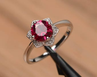 lab ruby ring wedding engagement ring sterling silver round cut red gemstone ring July birthstone sunflower ring