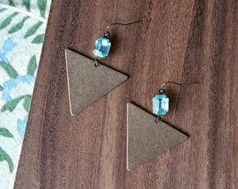 vintage glass gem + vintage brass triangle geometric earrings - aqua