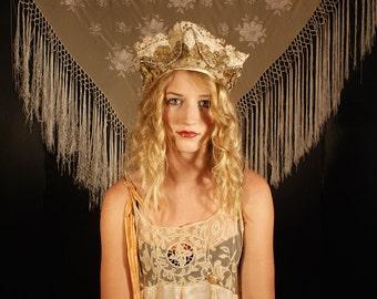 Verkauf war 250 Kokoshnik Stil Boudoir Königin russische Kopfbedeckung Stirnband