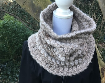 Warm Earthcoloured Cowl / Neckwarmer