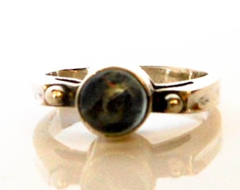 Vintage Brutalist Peridot Ring  Sterling Silver    Size 5 1/2  Ring