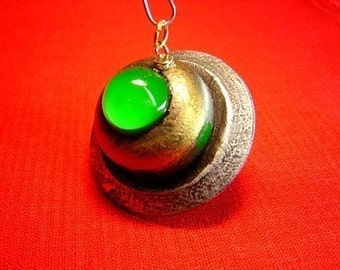 Retro Alien UFO Flying Saucer Tall Green Dome Wood Christmas Tree Ornament