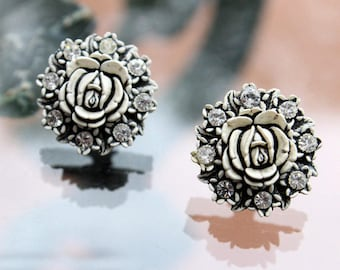 Black and White Featherweight, Bubbleite Earrings with Floral Design, Vintage Earrings