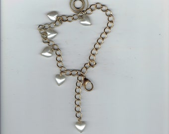 hearts and pearls charm bracelet 7 inches