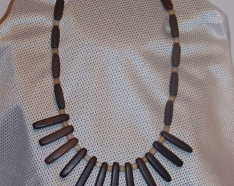 """17"""" Wood Bead Necklace"""