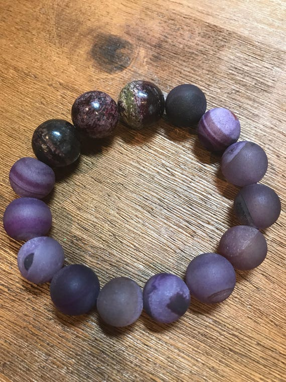 Gorgeous Purple Agate and Charoite Stretch Bracelet
