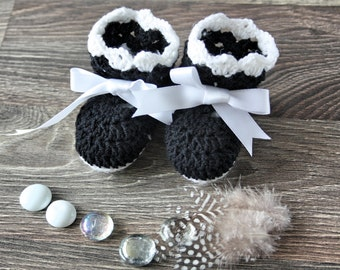 Black & White Lacey Crochet Baby Booties