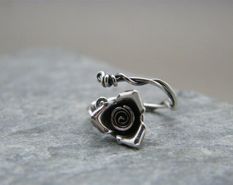 Silver rose ring ~ Sterling silver rose ring ~ Unique silver ring ~ Wire wrapped silver ring ~ Flower ring ~ Rose jewellery ~ Single rose ~
