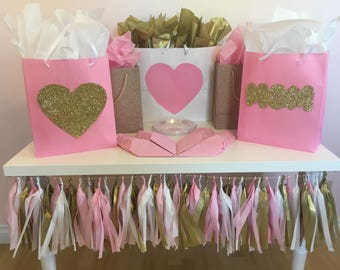 Mother's Day Love Mom| Pink & Gold Heart | Party in a Box