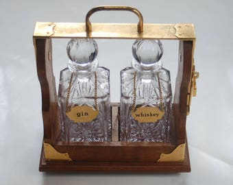 Wiskey & Gin Crystal Decanter Set and Display Rack