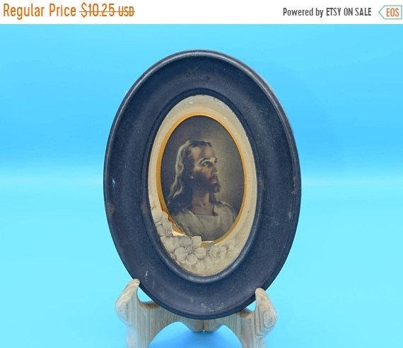 Delayed Shipping Jesus Oval Wall Hanging Vintage Small Oval Religious Wall Art Jesus Christ Religious Print Catholic Devotion Christian Pict