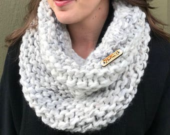 Winter White Cowl, Handknit, Handmade