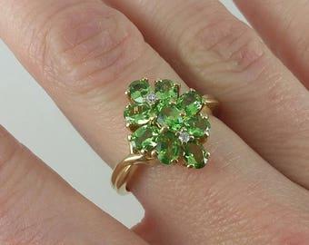 Vintage 10k Green Chrome Diopside & Diamond Cluster Ring Sz 7