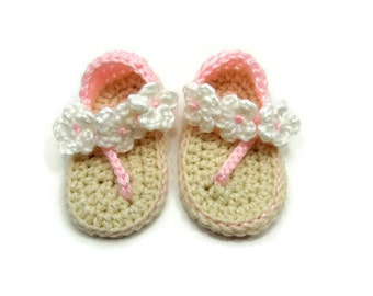 Crochet Baby Shoes, Baby Shoes, Crochet Baby Flip Flop, Baby Slipper - Ivory with a Pink Straps and White Flowers