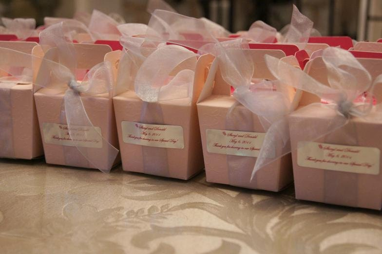 Elegant wedding favors junglespirit Gallery