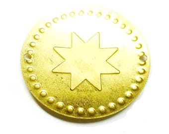 1 domed connector with dotted patterns and stars, 2 holes, in brass, gilded, 32 mm