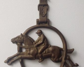 Coat hanger for a rider