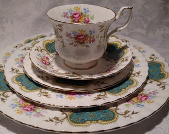 5 Piece Royal Albert Berkeley Dinner Set