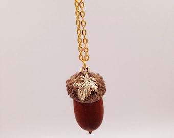 "Nut ""Goldnuts"" Genuine acorn necklace gold"