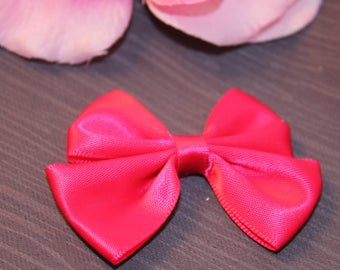 1 40x60mm jewelry scrapbooking Fuchsia satin bow