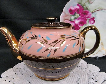 Vintage Sadler browns and pink painted  teapot pretty  gold gilt full size teapot