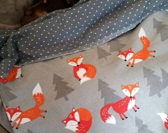 Foxy flannel blanket