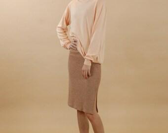 Vintage stretch ribbed skirt / Camel pencil skirt / Slim fit beige rib skirt / Knee length curve hugging skirt / Minimalist brown skirt