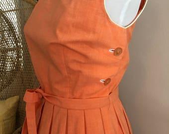 1960s sleeveless cotton dress, tie belt pleated skirt white piping