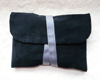 "Reversible bag ""VELVET and floral blue"" Ribbon closure."