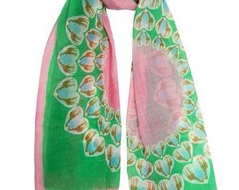 GIRAFFE green scarf