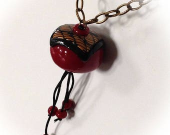 Necklace, 20's, red, black, gold.