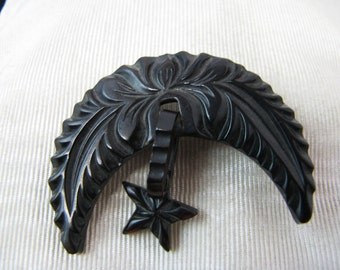 a265 Elegant Vintage Carved Gutta Percha Mourning Brooch with Wings and Star