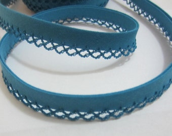Bias binding with crocheted trim/crochet turquoise