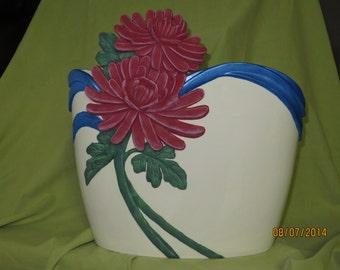 Chrysanthemum cut vase