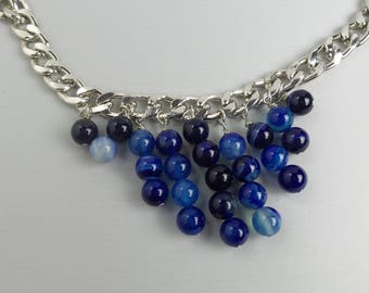 Necklace with natural pearls or crystals