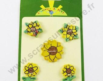 Decorative wooden - sunflower - x5pcs button