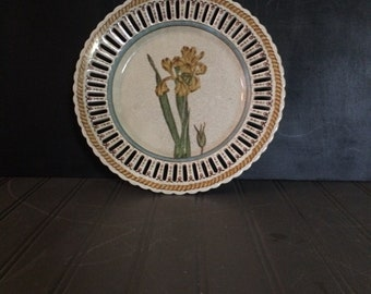 Vintage Wong Lee Decorative Crackled Porcelain Iris Plate with Lattice Edges