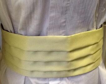 Original Vintage 1970s Men's Pale Yellow Satin Cummerbund