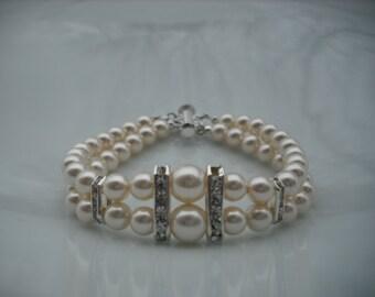 Voctoria collection, Bridal bricelet, Bridesmaids bracelet, Rhinestone and Swarovski Pearl bracelet, Classic bricelet, Wedding Jewelry