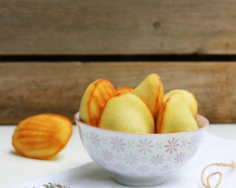 LARGE Natural  Organic Lavender Madeleines (12 count)