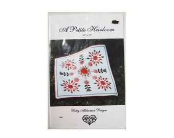 """A Petite Heirloom Quilt Pattern, Betty Alderman Designs, 31"""" by 31"""" Lovely Applique Quilt, Tulips Floral Pattern, 1995, Pristine, Never Used"""