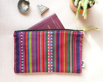 zipper pouch / peru / bag organizer / travel wallet / passport wallet
