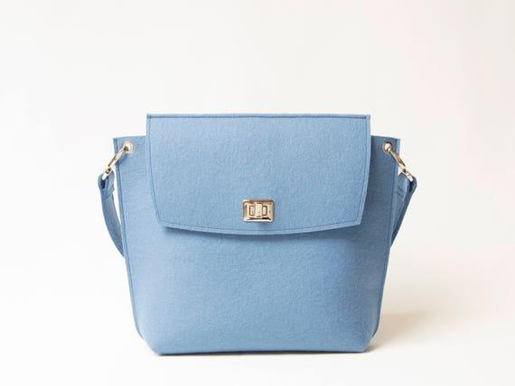 Wool Felt FLAP BAG / light blue tote bag / light blue bag / womens bag / felt shoulder bag / elegant bag / made in Italy