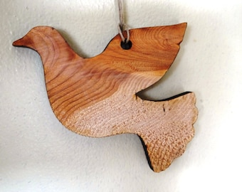 Wood Dove Ornament - Engraving option