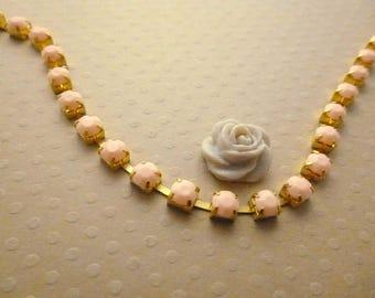 Gold metal acrylic rhinestone chain peach 5mm by 1 m - 1337 CHR.