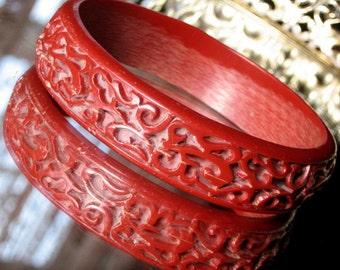 Estate Carved Vintage Red Bangle Haute Cinnebar Style Celluloid Bakelite Era Bracelet Mid Century Hollywood 1940s 1950s Antique Art Deco Mod